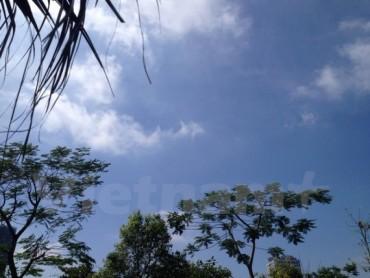 Các tỉnh phía Bắc nắng hanh khô, phía Nam mưa giảm nhanh