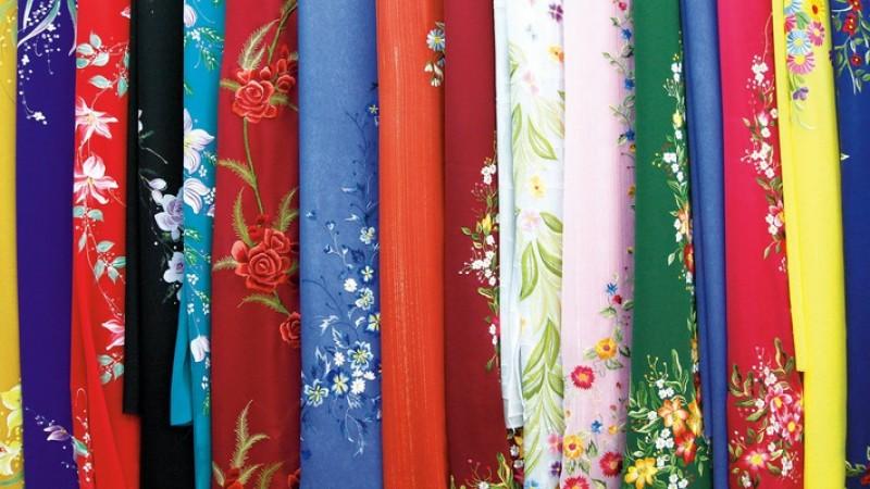 9 tháng, 4.460 khăn tơ tằm Trung Quốc về Việt Nam giá bình quân 30.000 đồng