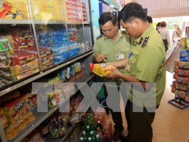 Tổng cục Thuế yêu cầu báo cáo việc quản lý với hàng hóa xách tay