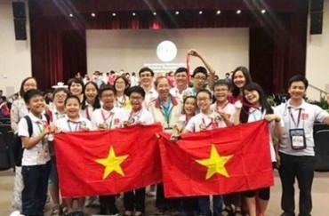 Đoàn học sinh Việt Nam đạt thành tích cao tại IMSO 2017