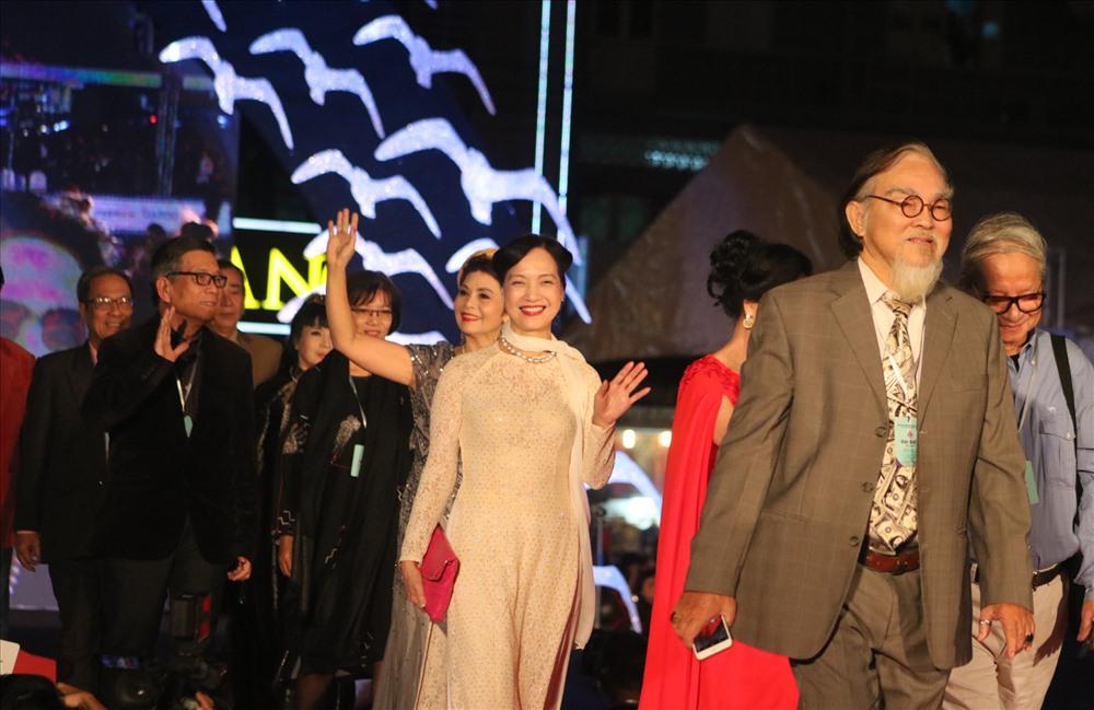Dàn sao đổ về Đà Nẵng dự khai mạc Liên hoan phim Việt Nam lần thứ XX