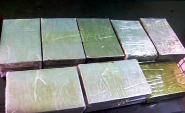 Công an quận Thanh Xuân triệt phá đường dây vận chuyển ma túy lớn