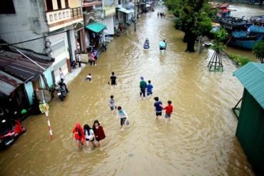 Bộ GDĐT gửi công điện khẩn về việc phòng chống mưa lũ ở miền Trung