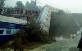 Tai nạn tàu hỏa nghiêm trọng ở Ấn Độ, gần 70 người thương vong