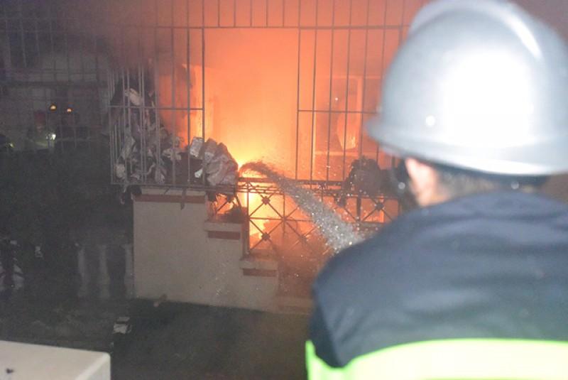 3 mẹ con tử vong trong vụ cháy nhà lúc sáng sớm