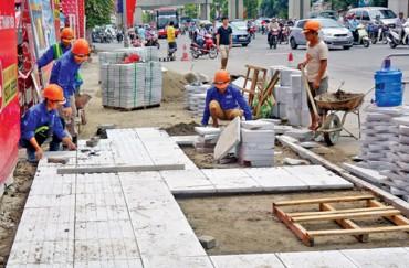 Hà Nội tạm dừng các dự án lát đá vỉa hè chuẩn bị đầu tư để rà soát