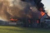 Cháy dữ dội ở trường tiểu học Scotland, 200 học sinh gào khóc sợ hãi