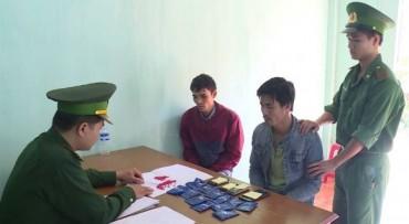 Bắt hai đối tượng vận chuyển ma túy từ Lào về Việt Nam tiêu thụ
