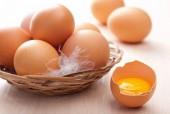 Cách để nhận biết trứng có bị ung?