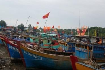 TPHCM: Di dời hơn 5.000 dân tránh bão số 16