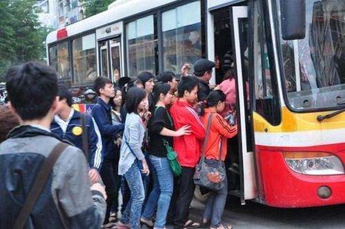 Miễn phí xe buýt cho trẻ em dưới 6 tuổi, người khuyết tật từ 1/7