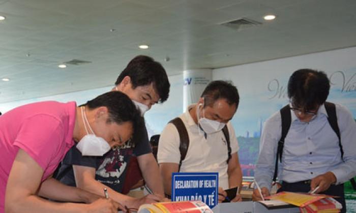 Bé trai Hàn Quốc du lịch đến Khánh Hòa sốt nghi MERS