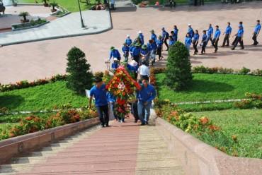 Tổng công ty Dịch vụ viễn thông tri ân các gia đình chính sách tại Quảng Trị