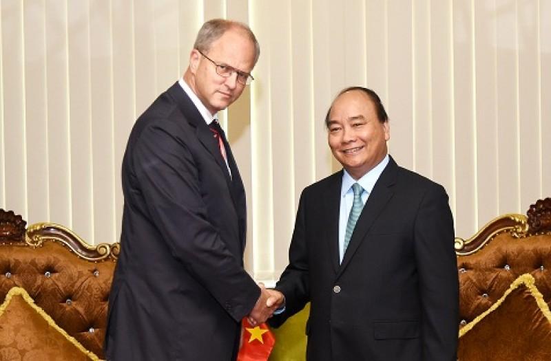 Thủ tướng tiếp đại sứ các nước