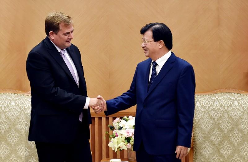 Phó Thủ tướng Trịnh Đình Dũng tiếp Phó Chủ tịch Tập đoàn Exxon Mobil