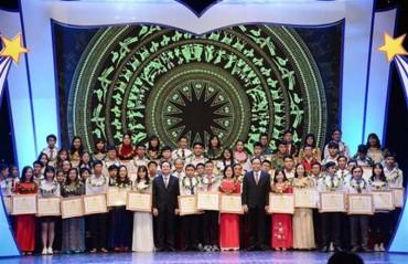 Bộ Giáo dục tuyên dương 127 gương Người tốt- việc tốt