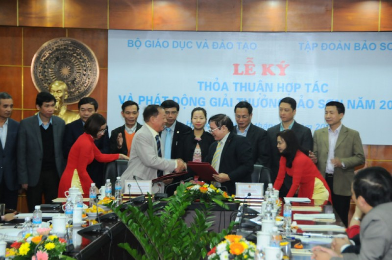 giai thuong bao son 2017 2018 tri gia 60 nghin usdcong trinh nghien cuu xuat sac nhat