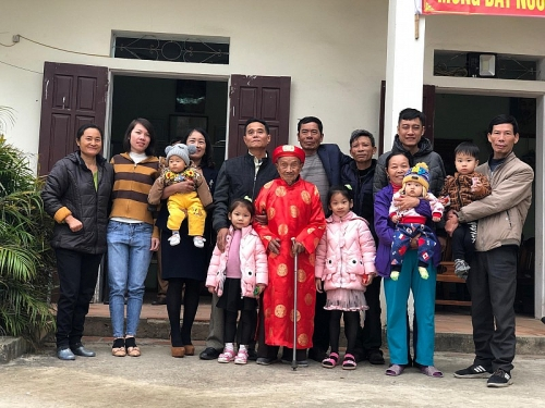 Mừng thọ đầu năm: Phong tục đẹp ở làng quê Bắc Bộ