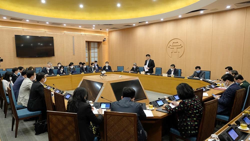 Bộ Y tế họp khẩn với Hà Nội bàn các giải pháp chống dịch Covid-19