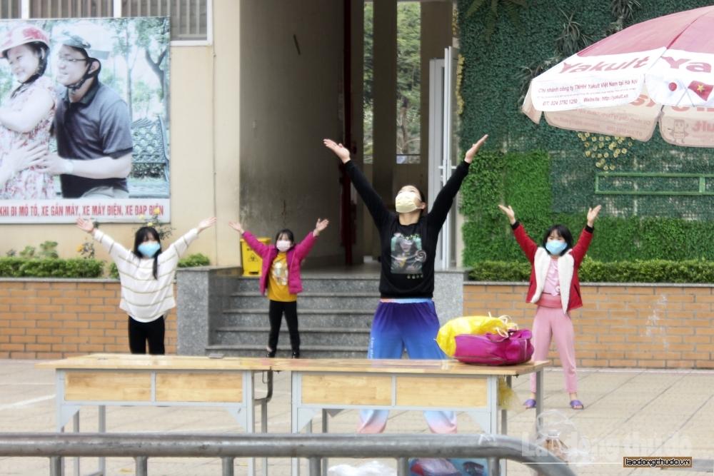 Hà Nội: Học sinh Trường Tiểu học Xuân Phương có thể được về nhà ăn Tết