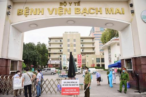 Bộ Y tế yêu cầu Bệnh viện Bạch Mai không điều chỉnh tăng giá khám chữa bệnh