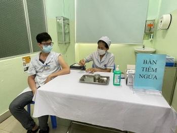 Việt Nam có thể xử lý đông máu sau tiêm vắc xin Covid-19 ở tuyến cơ sở