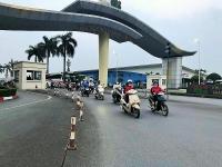 Nhiều doanh nghiệp trong Khu công nghiệp Thăng Long cho công nhân nghỉ tạm thời để phòng, chống dịch