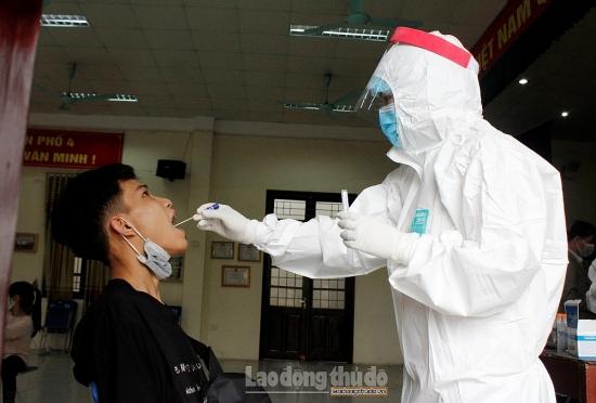 Hà Nội: Nhân viên quán bar nhiễm Covid-19 do tiếp xúc với chuyên gia Trung Quốc