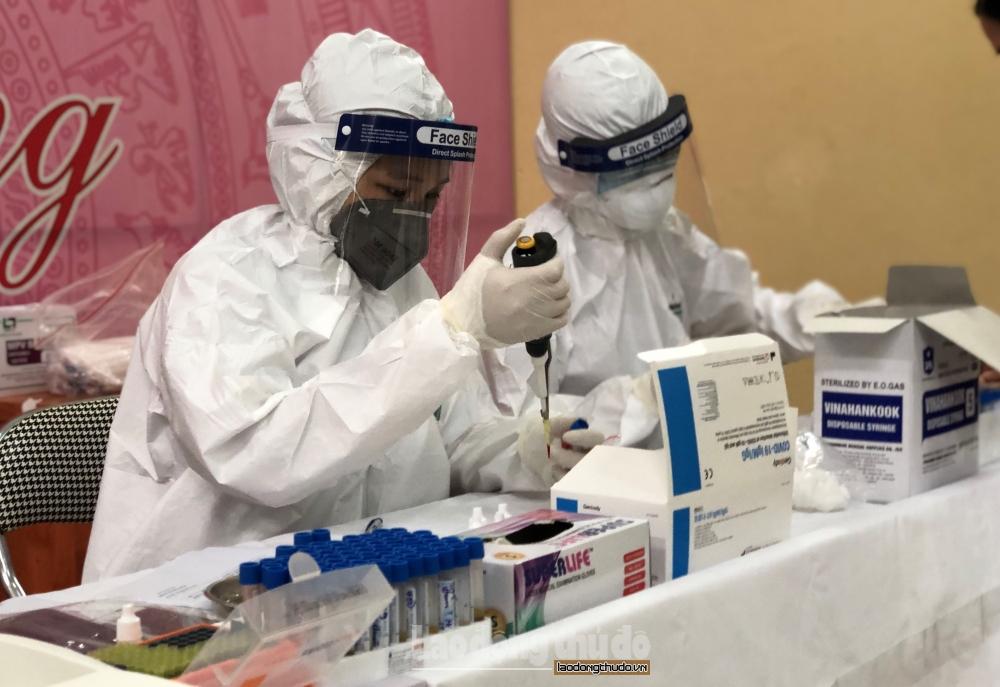 Vợ bác sĩ Bệnh viện Phổi Trung ương dương tính với SARS-CoV-2