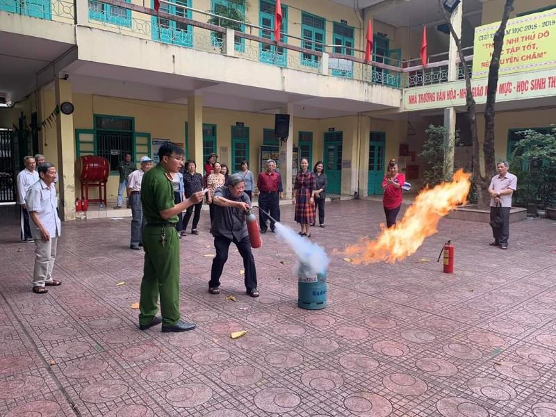 Tích cực tham gia phòng cháy chữa cháy