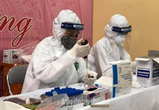 Khách du lịch trở về từ Trung Quốc nhiễm Covid-19