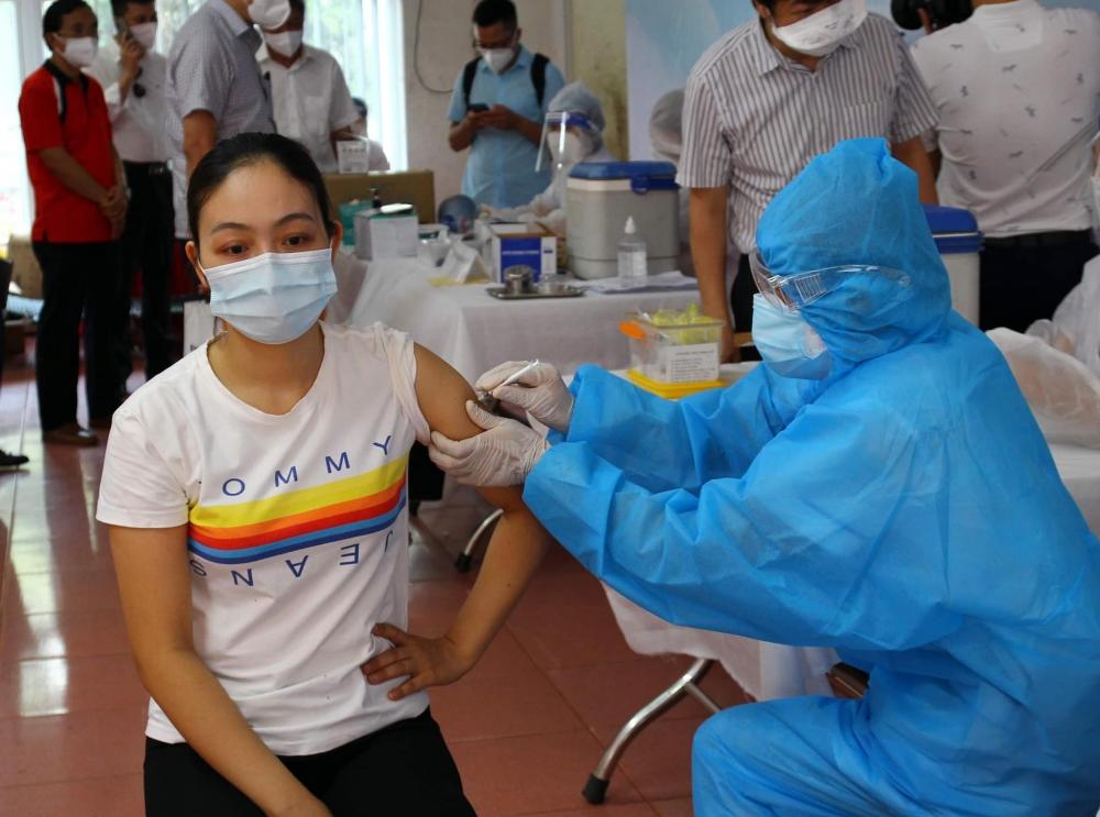 Bắc Giang hoàn thành tiêm 150 nghìn liều vắc xin Covid-19 trong 5 ngày