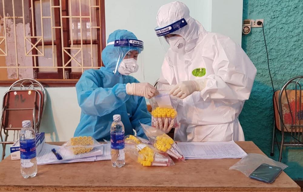 Sáng 7/6: Thêm 44 ca mắc Covid-19 trong nước, có 33.643 người tiêm đủ 2 mũi vắc xin