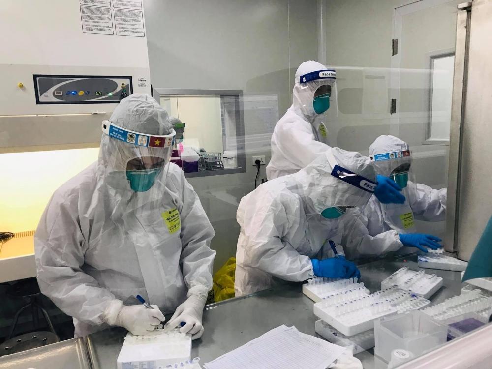 Tối 19/6: Việt Nam có thêm 321 ca Covid-19 khỏi bệnh