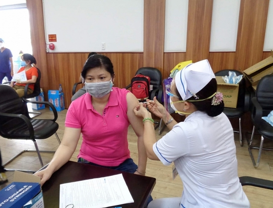 Chi tiết kế hoạch, nguyên tắc tiêm vắc xin Covid-19 của thành phố Hà Nội