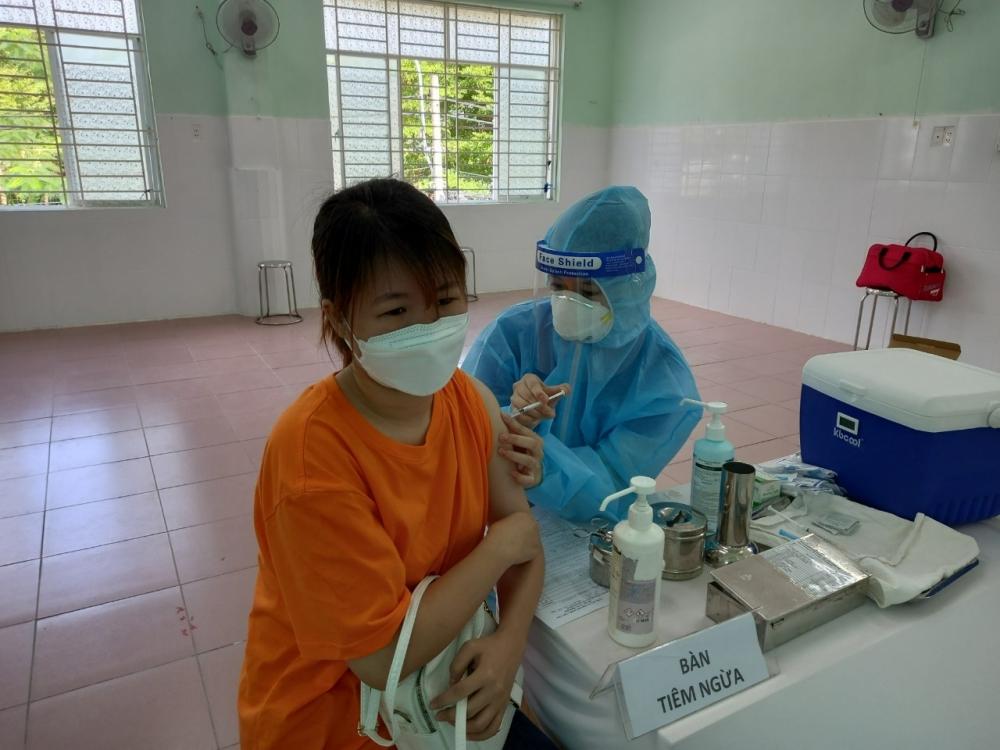 Sáng 27/7: Thêm 2.764 ca mắc, gần 4,75 triệu liều vắc xin Covid-19 đã được tiêm chủng