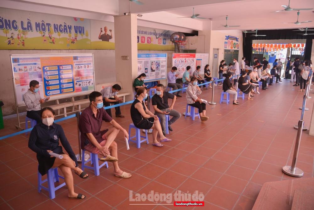Hà Nội bắt đầu chiến dịch tiêm chủng vắc xin phòng Covid-19
