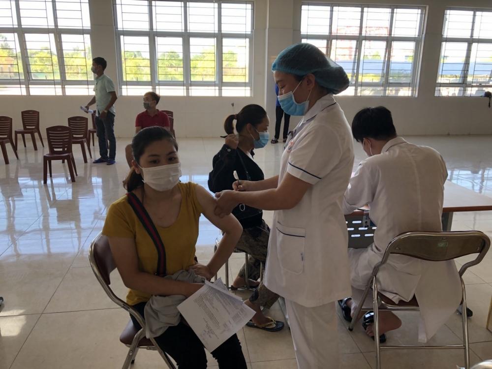 Quảng Ninh nỗ lực đạt miễn dịch cộng đồng vào cuối năm 2021