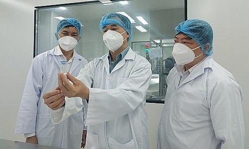 """Sớm có vắc xin """"Made in Việt Nam"""" để chủ động bảo vệ sức khỏe người dân"""