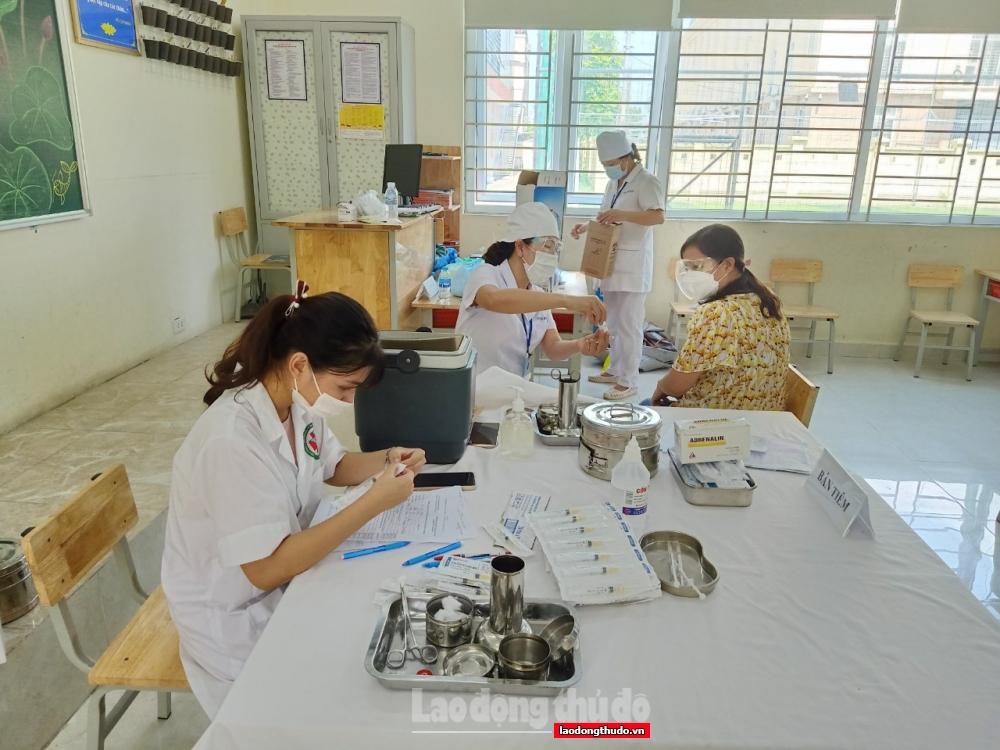 PGS.TS Trần Đắc Phu: Hãy thực hiện nghiêm nguyên tắc 5K và tiêm vắc xin ngay khi đến lượt