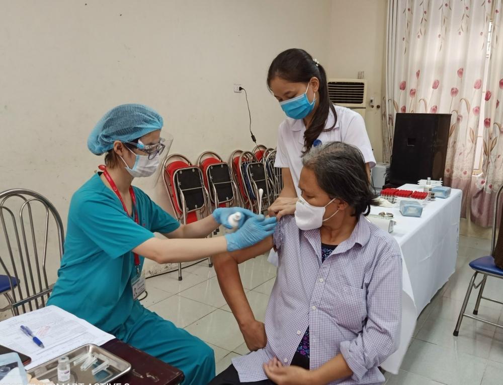 Ngày 4/10, cả nước có 27.683 bệnh nhân điều trị khỏi Covid-19