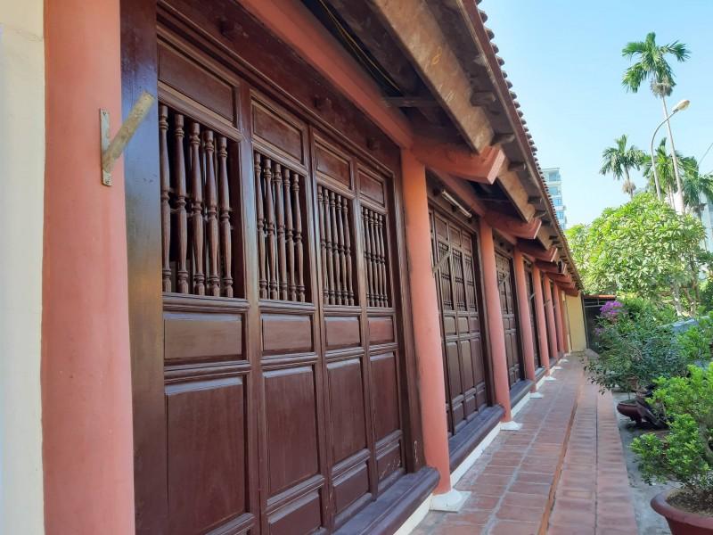 Nét đẹp ngôi đình cổ làng Tứ Liên