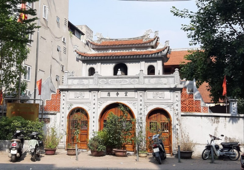 Tìm về ngôi chùa Linh Ứng ở Hà Nội