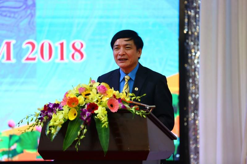 Chủ tịch Tổng LĐLĐVN kêu gọi chung tay chăm lo Tết cho công nhân