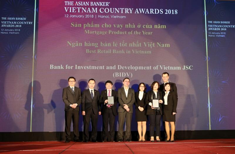 BIDV lần thứ tư được vinh danh Ngân hàng bán lẻ tốt nhất Việt Nam
