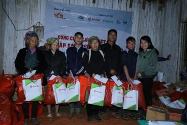Rạng Đông chia sẻ yêu thương với người dân bản Cu Vai, Yên Bái