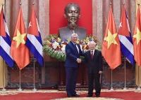 Nhân dân Việt Nam vui mừng trước những thành tựu nhân dân Cuba anh em đạt được