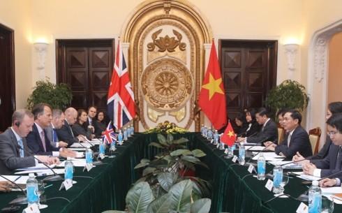 Tham vấn chính trị cấp Thứ trưởng Ngoại giao Việt Nam - Anh
