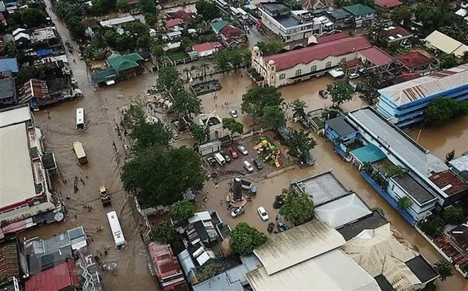 Việt Nam chia sẻ với Philippines về những tổn thất do cơn bão Usman gây ra