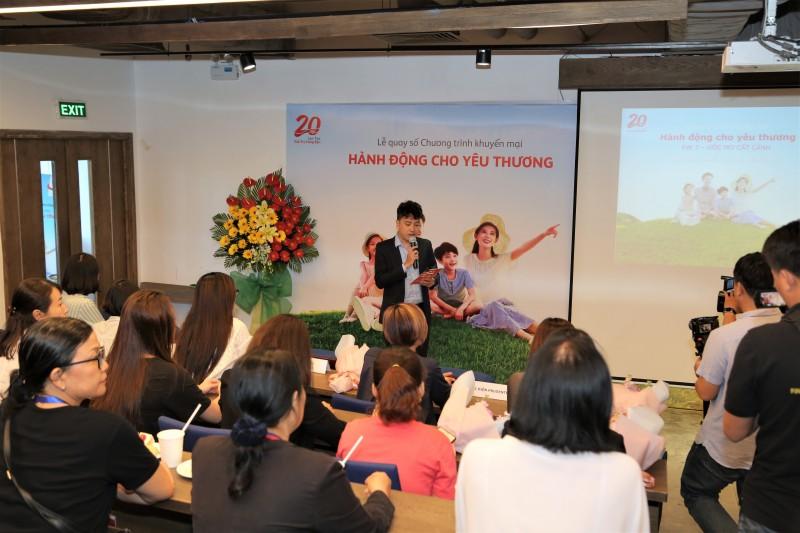 Lộ diện 3 khách hàng may mắn sở hữu giải thưởng trị giá 300 triệu đồng/giải
